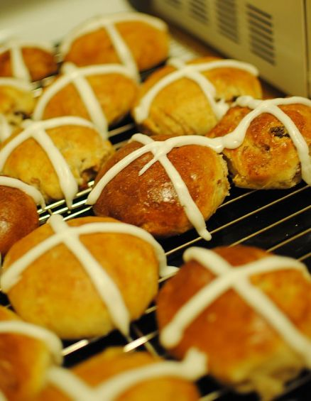 Hot Cross Buns - From Wikipedia, the free encyclopedia